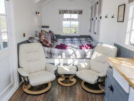 Lady Bird Retreat - Whitby & North Yorkshire - 998292 - thumbnail photo 5