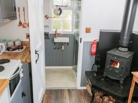 Lady Bird Retreat - Whitby & North Yorkshire - 998292 - thumbnail photo 9