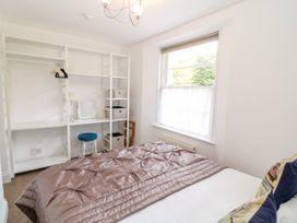 Babbacombe Hall - Devon - 998470 - thumbnail photo 15