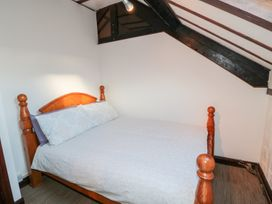 Butterfly Cottage - Whitby & North Yorkshire - 998561 - thumbnail photo 16