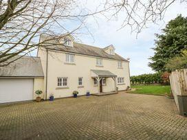 5 bedroom Cottage for rent in Callington