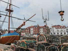 The Surfers Bolt Hole - Whitby & North Yorkshire - 998830 - thumbnail photo 27