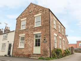 Old School House - North Yorkshire (incl. Whitby) - 998868 - thumbnail photo 2