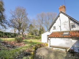 Willow Cottage - Whitby & North Yorkshire - 998906 - thumbnail photo 17