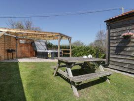 Cherry Lodge - Somerset & Wiltshire - 998974 - thumbnail photo 3