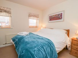 17 Fewster Way - Whitby & North Yorkshire - 999118 - thumbnail photo 8