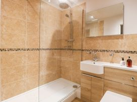 17 Fewster Way - Whitby & North Yorkshire - 999118 - thumbnail photo 12