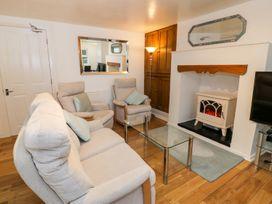 Preswylfa Apartment - North Wales - 999158 - thumbnail photo 7