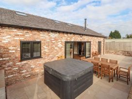 4 bedroom Cottage for rent in Helsby