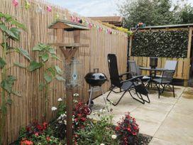 No 22 Cherry Blossom - Whitby & North Yorkshire - 999618 - thumbnail photo 20
