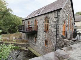 Capel Ebenezer - North Wales - 999789 - thumbnail photo 1