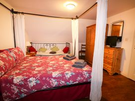 Lakeland Lodge - Norfolk - 999905 - thumbnail photo 23