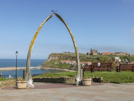West Cliff Apartment - Whitby & North Yorkshire - 999913 - thumbnail photo 15