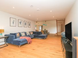 1 Seagry Barn - Somerset & Wiltshire - 999950 - thumbnail photo 7