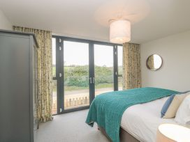1 Seagry Barn - Somerset & Wiltshire - 999950 - thumbnail photo 19