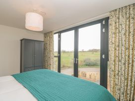 1 Seagry Barn - Somerset & Wiltshire - 999950 - thumbnail photo 20