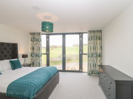 1 Seagry Barn - Somerset & Wiltshire - 999950 - thumbnail photo 27
