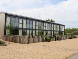 1 Seagry Barn - Somerset & Wiltshire - 999950 - thumbnail photo 2
