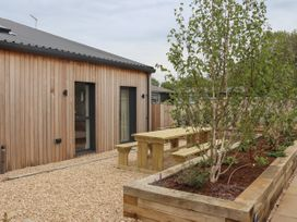 2 Seagry Barn - Somerset & Wiltshire - 999951 - thumbnail photo 22