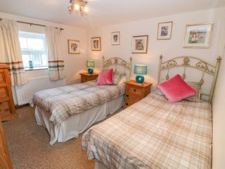 Ty Mynydd Cottage - 1001468 - photo 10