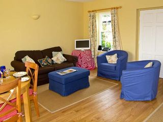 Curlew Cottage - 10045 - photo 2