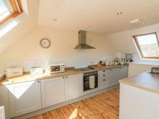Upper Barn Cottage - 1005110 - photo 9