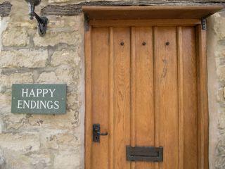 Happy Endings - 1008236 - photo 4