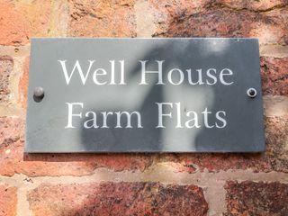 Well House Farm Flat 1 - 1008377 - photo 4