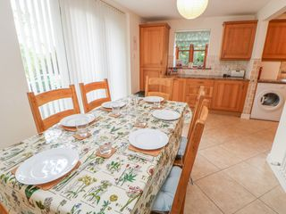1 Friary Cottages - 1013683 - photo 10