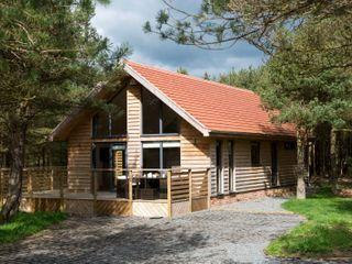 Simon Howe Lodge photo 1