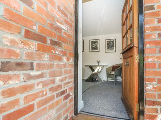 The Coach House - 1016721 - photo 5