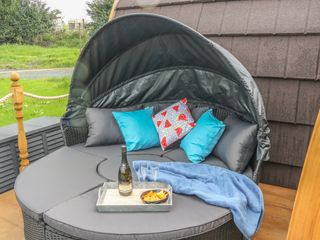 Dandelion @ Hedgerow Luxury Glamping - 1018693 - photo 3