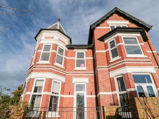 Cranley House - 1018871 - photo 2