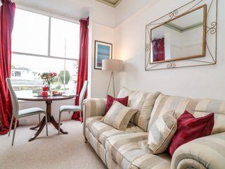 Cranley House - 1018871 - photo 3