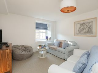 Flat 3, The Old Bank - 1021547 - photo 10