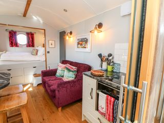 Shepherds Hut - 1022026 - photo 10