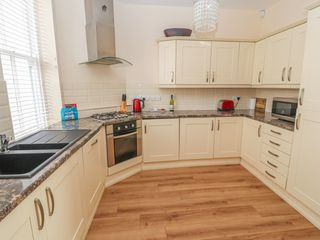 3 Deganwy Castle Apartments - 1022432 - photo 9