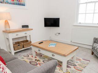 Apartment 2 @ 22 Foss Street - 1024486 - photo 4