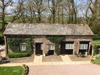 The Coach House, Cloister Park Cottages - 1025176 - photo 2