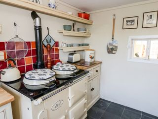 The Little Thatch Cottage - 1033740 - photo 10