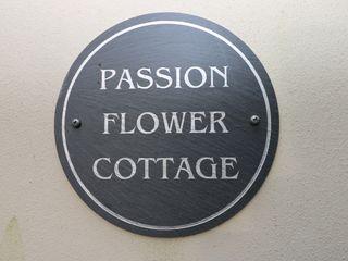 Passion Flower Cottage - 1035218 - photo 2