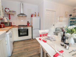 Cosy Cottage at The Conifer's - 1036862 - photo 10