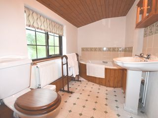 Barn Court Cottage - 1037109 - photo 9