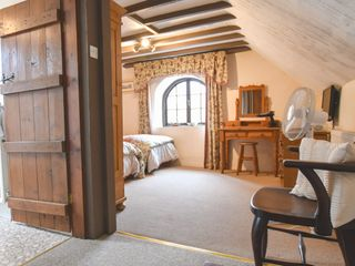 Barn Court Cottage - 1037109 - photo 10