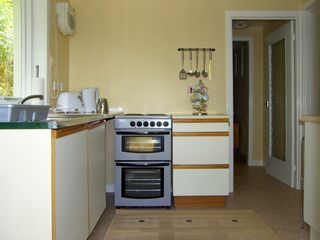 Roddy's Cottage - 1037343 - photo 4