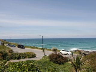 Apartment 3 Fistral Beach - 1038203 - photo 22