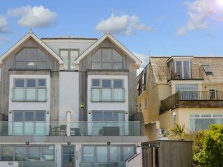 Apartment 3 Fistral Beach - 1038203 - photo 24
