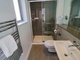 Apartment 3 Fistral Beach - 1038203 - photo 19