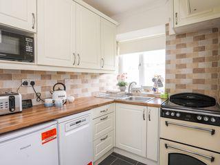 5 Porthdafarch South Cottages - 1042998 - photo 10