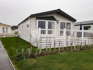 Lodge BR56 at Pevensey Bay photo 1